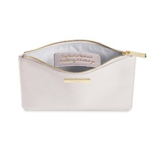 18d999e44f7b Make Up & Wash Bags – Magpies Nest